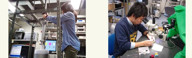 電気伝導性を測定するため,顕微鏡で見ながら試料にリード線を貼っているところ(左)と,実際に測定しているところ(右)