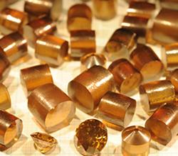 高温高圧合成されたナノ多結晶ダイヤモンド