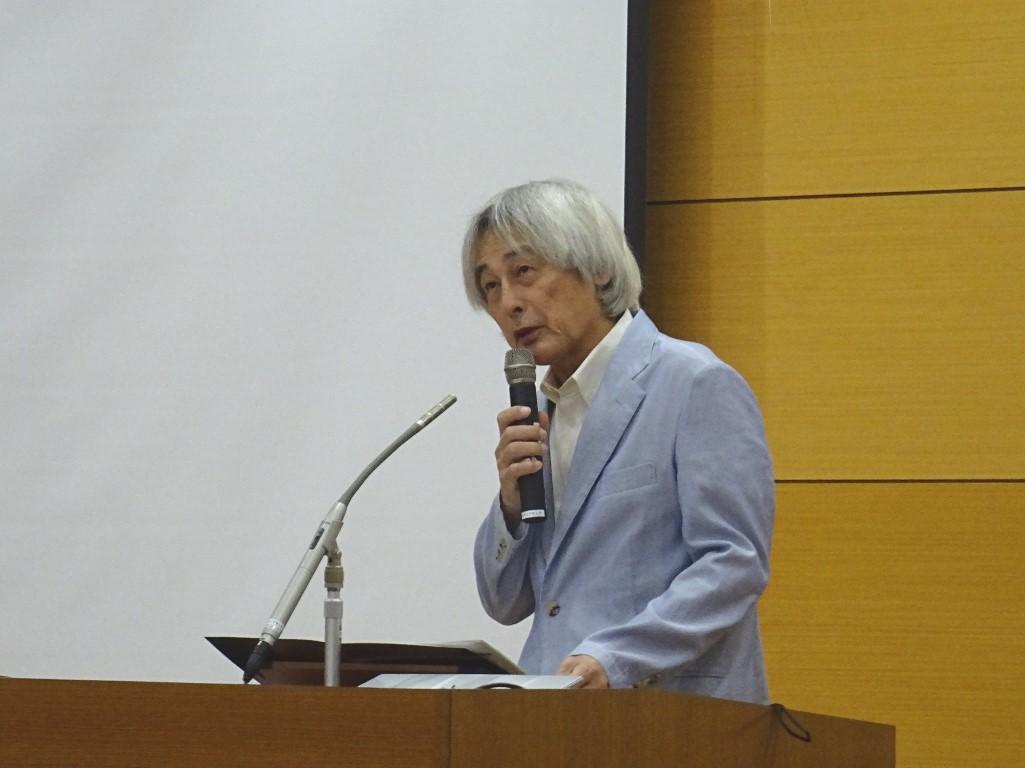 大橋学長による挨拶の写真です