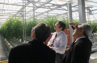 宇和島植物工場を視察